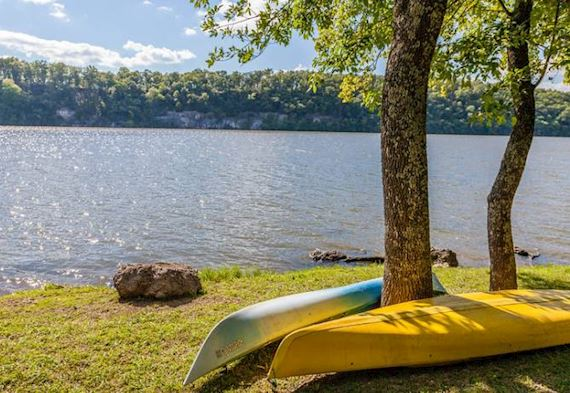 Lake of the Ozarks State Park at Missouri