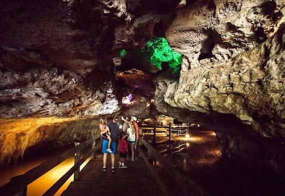 Stark Caverns at Missouri